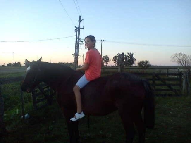 yo montando - (6 ans)