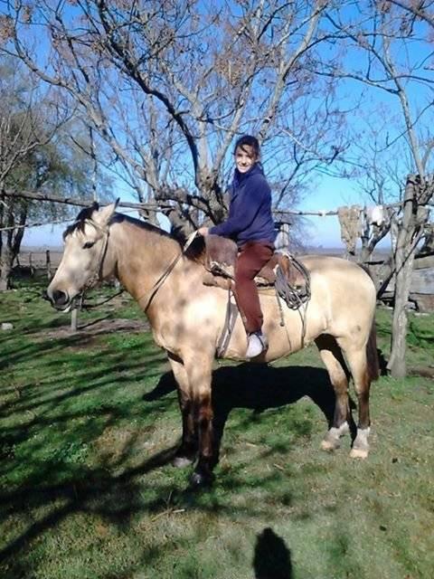 yo con la yegua de mi abuelo(Baya) - (14 ans)