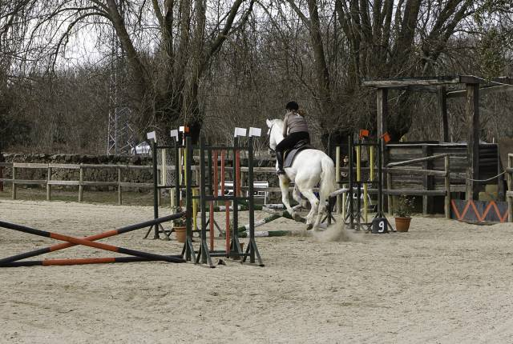 Yo montando a caballo - Mâle